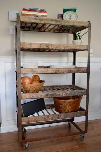Étagère industrielle à pain antique bois et métal