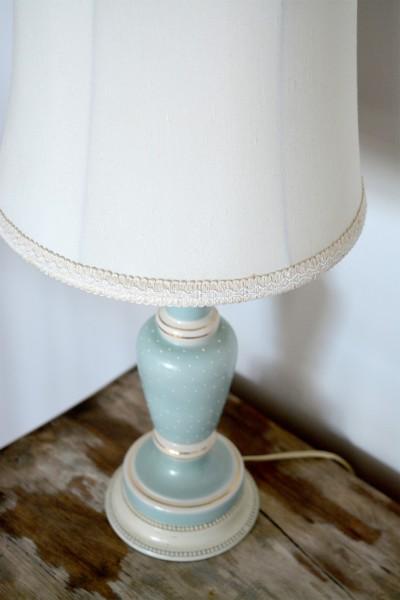 Lampe de table bleu pâle et abat-jour crème2