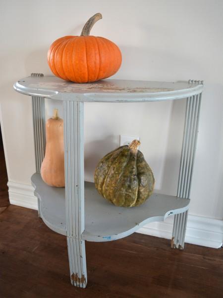 Table demi-lune grise style rustique chic