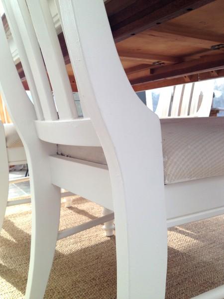 Table de salle à manger crème, bois et 6 chaises4