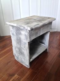 Table de chevet, meuble shabby chic rustique